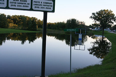 The Rock River flooded a business area near Kysor Drive and Route 2 in Byron, Illinois, USA during the 2007 Rock River Flooding.